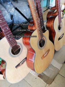Hình chụp thật tế tại shop đàn guitar Minh Phát - Những mẫu đàn guitar gỗ hồng đào giá rẻ chất lượng nhất tại shop -> kèm full phụ kiện khi mua đàn tại shop nhé !