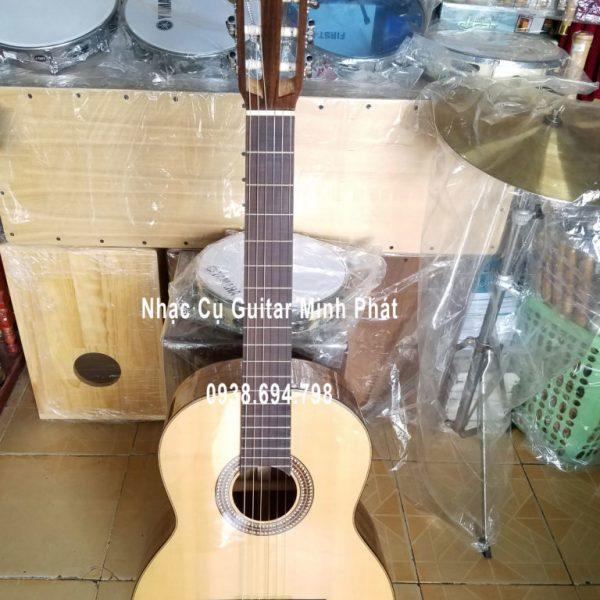 dan-guitar-classic-go-diep-tai-quan-binh-tan-tphcm