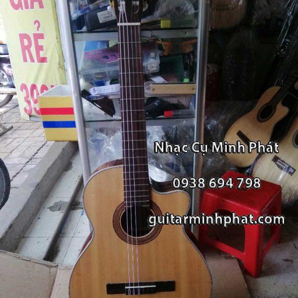 dan-guitar-classic-go-hong-dao-dang-khuye-gia-re-quan-binh-tan-tphcm