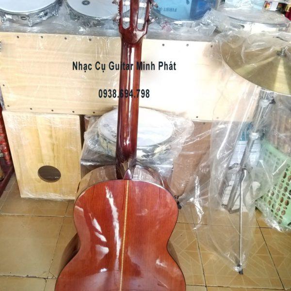 Đàn guitar classic gỗ hồng đào kỹ tại nhạc cụ Minh Phát quận Bình Tân