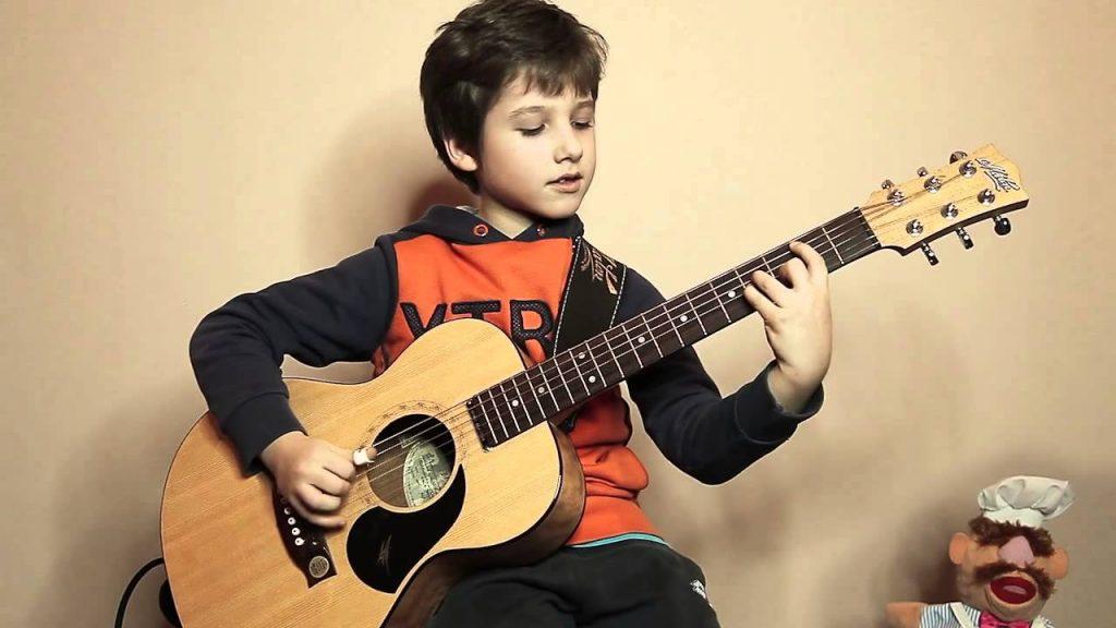 Học đàn guitar
