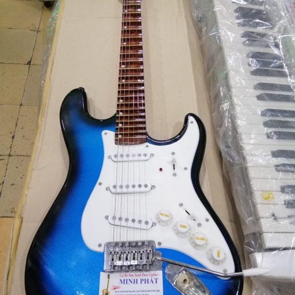 mua-dan-guitar-dien-phim-lom-gia-re-tphcm-2