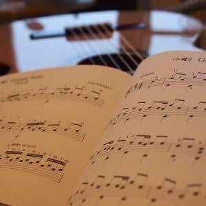 Sách, giáo trình, tài liệu học đàn Guitar A-Z 1