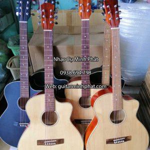 dan-guitar-acoustic-gia-re-sinh-vien-co-ty-chong-cong-can-dan (1)